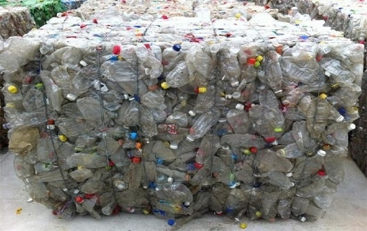 Waste pet bottle washing and recycling production line